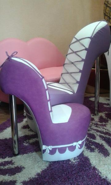 Бархатные кресла туфельки