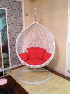 Белое кресло кокон