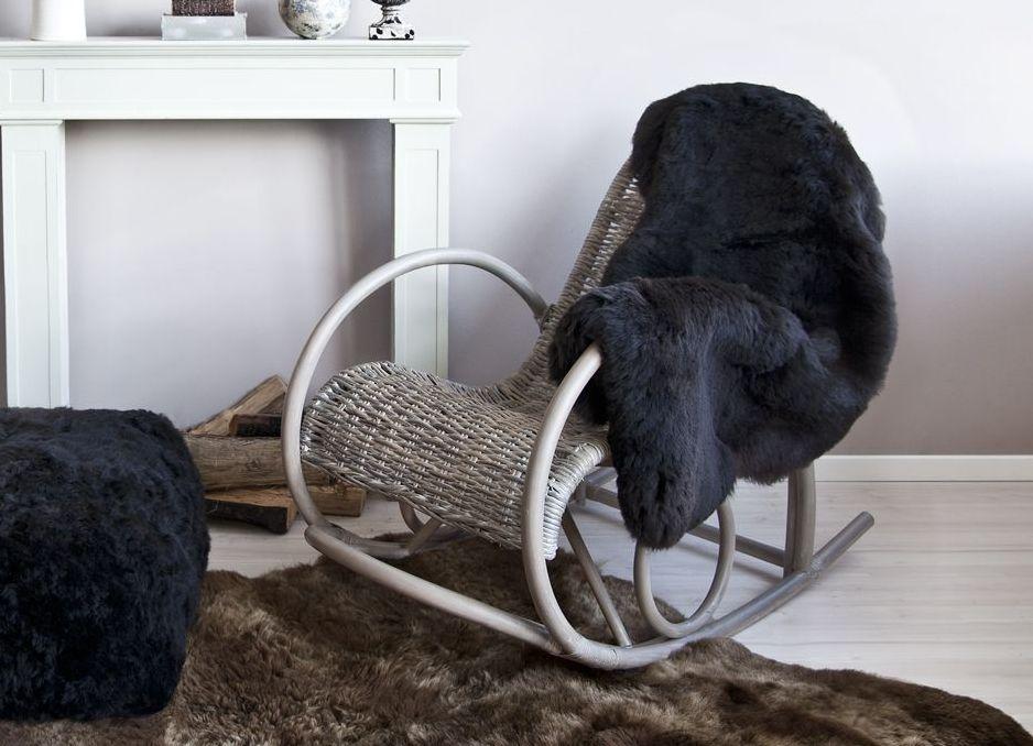 Дачное кресло качалка