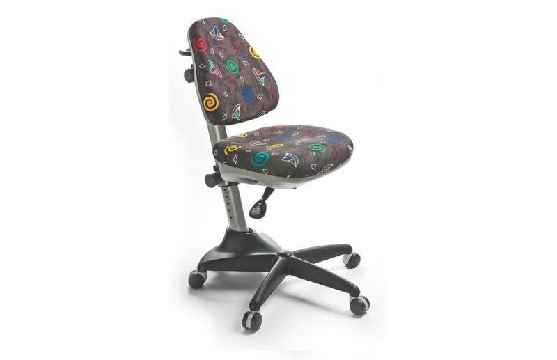 Детское кресло с цельной спинкой