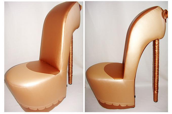 Гламурное кресло туфелька