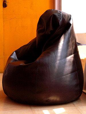 Кресла из кожзама