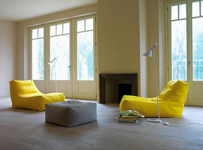 Кресла с мягкими сидениями
