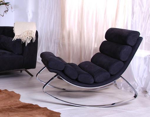 Кресло качалка с металлическим основанием