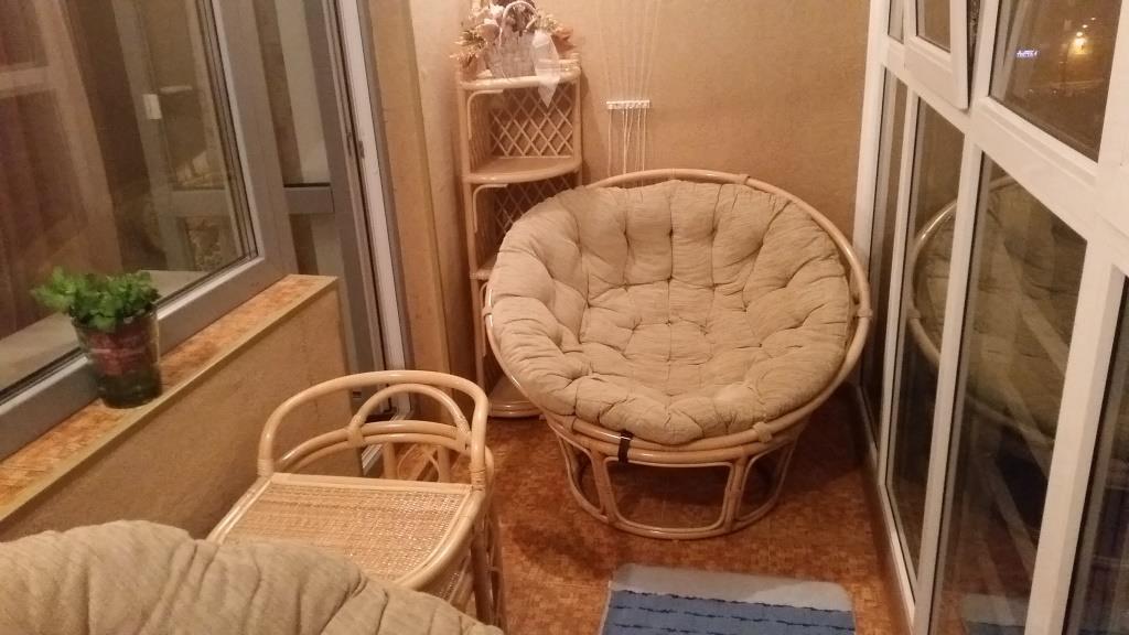 Кресло на балкон или лоджию
