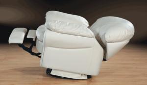 Кресло реклайнер с электроприводом