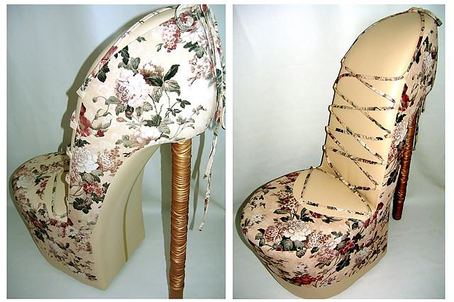 Кресло цветочной тематики