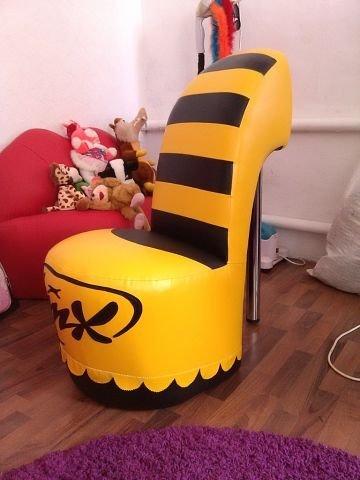 Кресло туфелька из кожзаменителя