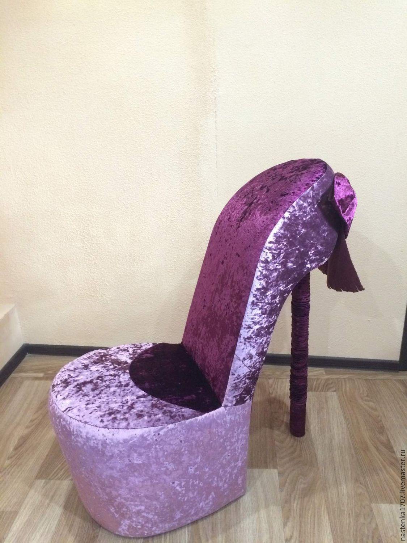 Кресло туфелька из велюра
