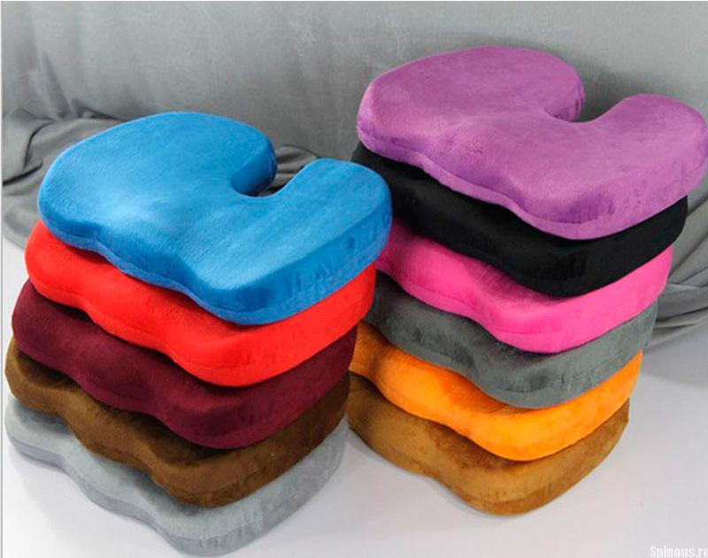 Особенности применения ортопедической подушки для сидения на стул