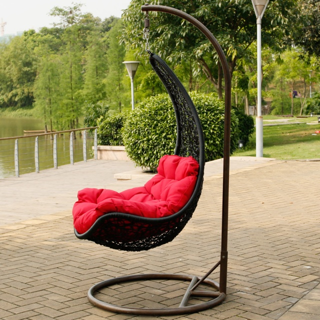Подвесное кресло кокон чёрное