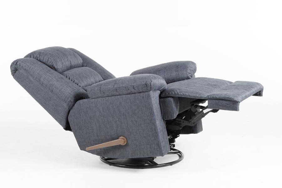 Современное кресло для интерьера