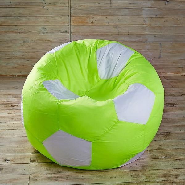 Яркое кресло мяч