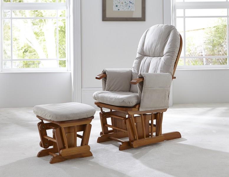 Кресло для кормления в интерьере