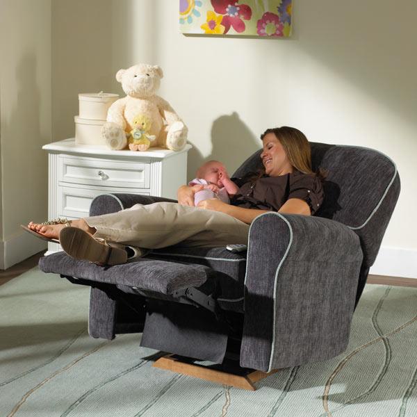 Кресло глайдер для кормления