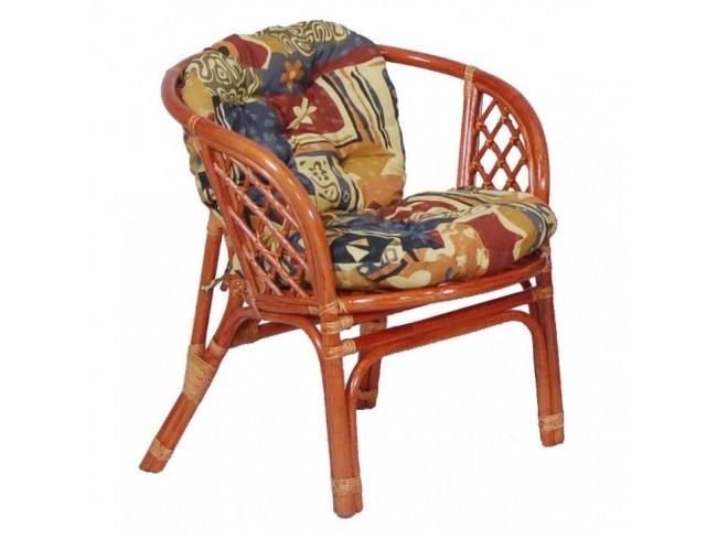 Кресло из ротанга простой формы