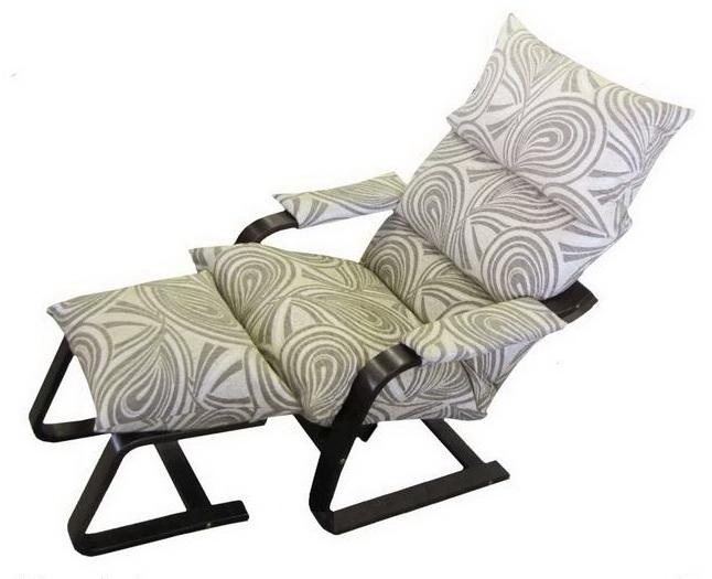 Кресло качалка для кормления грудью