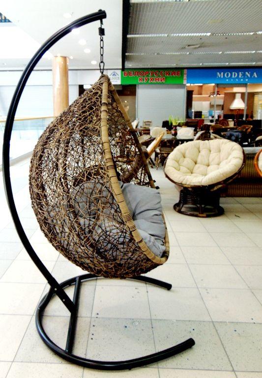 Кресло подвесное из искусственного ротанга