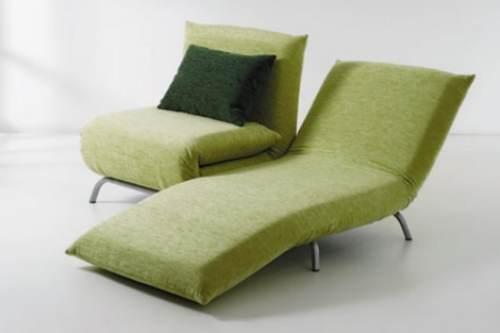 Кресло с подъемным механизмом