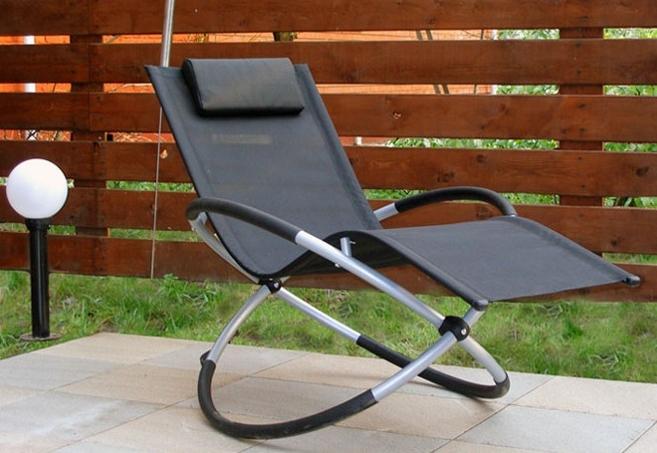Кресло шезлонг из металла для дачи