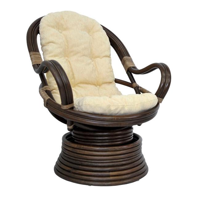 Кресло вращающееся из ротанга