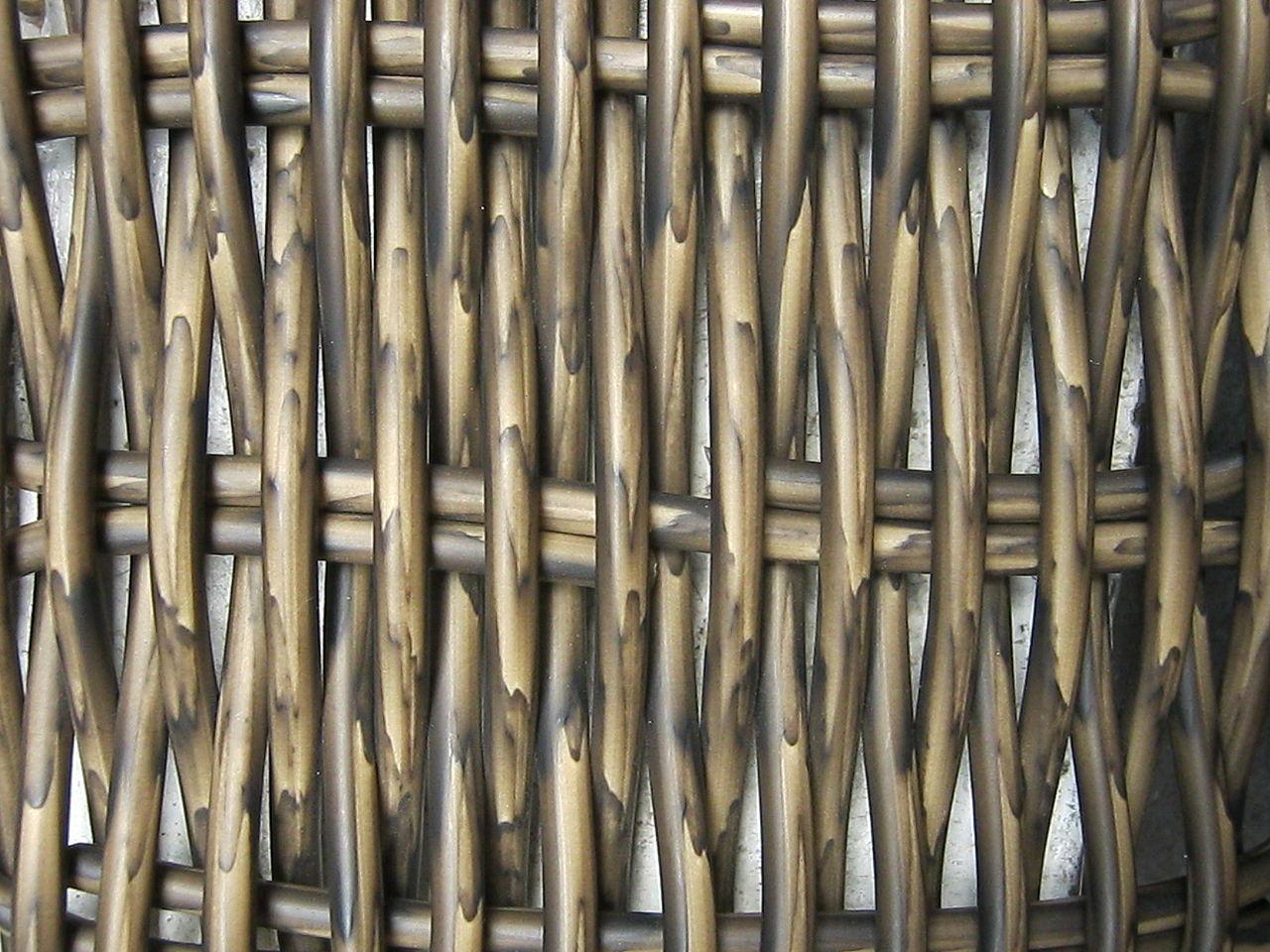 Плетение из ротанга