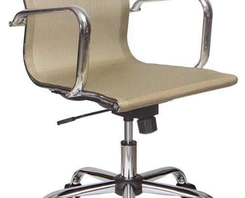 Бежевое красивое кресло на основе сетки