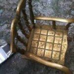 Большое бронзовое кресло для обустройства дома