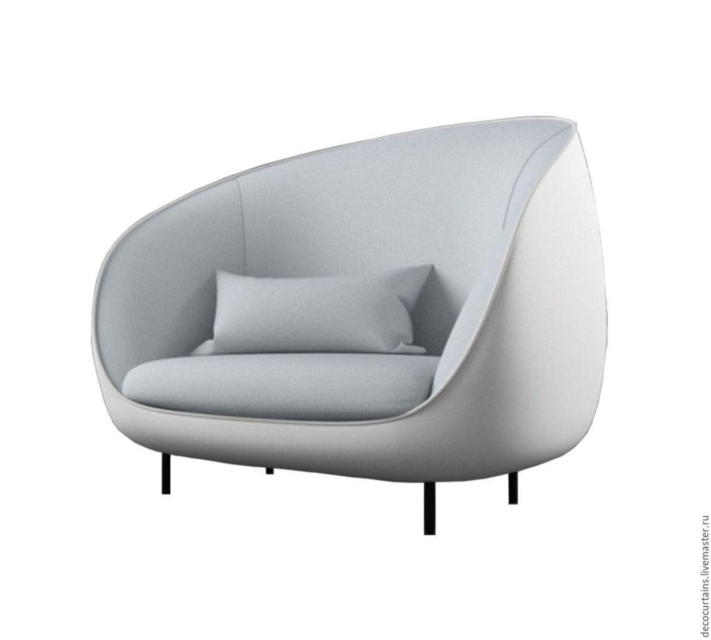 Будуарное кресло, созданное из велюра