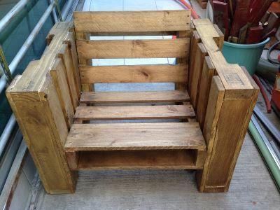 Деревянные кресла из поддонов