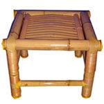 Детское кресло, созданное из бамбука