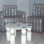 Как правильно создать практичное кресло из бутылок