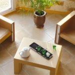 Картоновые кресла в интерьере дома