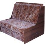 Коричневое кресло, созданное на основе ламината