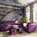 Красивое кресло, созданное в пурпурном цвете