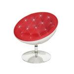 Красное дизайнерское кресло