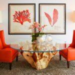 Кресла для обустройства дома в коралловом цвете