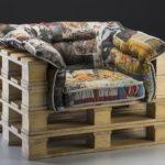 Кресла, изготовленные из поддонов