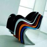Кресла на основе пластика в оригинальном дизайне
