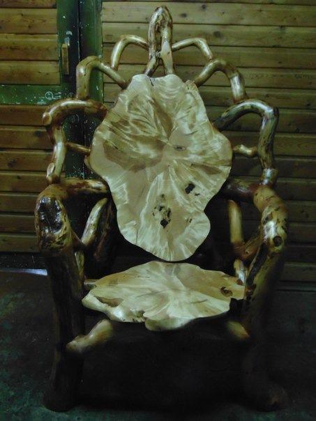 Кресло для дома на основе коряги