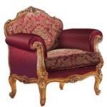 Кресло для отдыха, оформленное в бордовом цвете