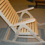 Кресло из липы отличаются практичностью