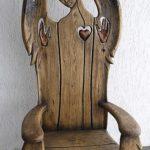 Кресло под старину, изготовленное из дуба