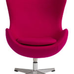 Кресло с обивокй малинового цвета