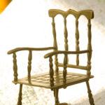 Кресло созданное из бронзы