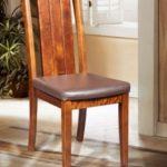 Кресло, созданное из массива березы