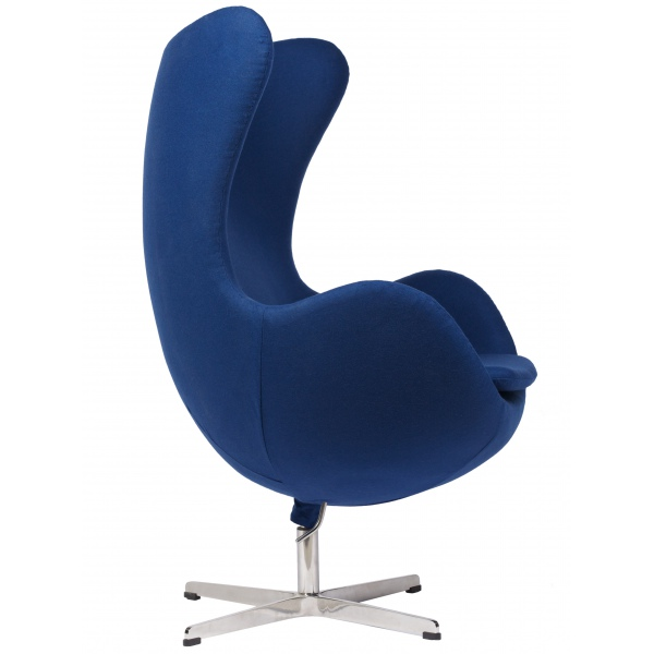 Кресло в синем колере