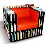 Литературное кресло из книг