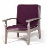 Модель красвого кресла из лиственницы