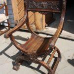 Модель кресла на основе дуба
